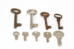 Keys (photo by victures)