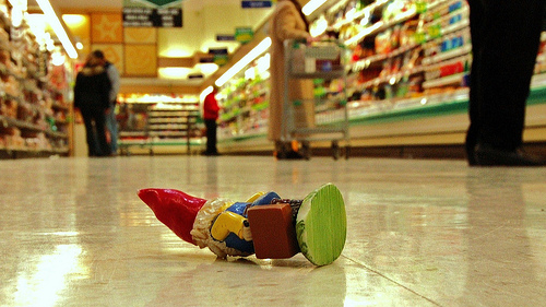 gnome (photo by Rob Swatski)